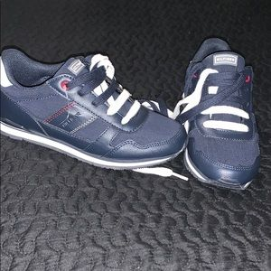 Tommy Hilfiger Tennis Shoe (Brand New)